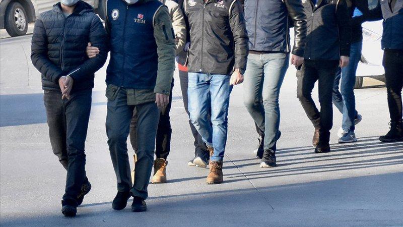 İzmir'de operasyon! Çok sayıda gözaltı