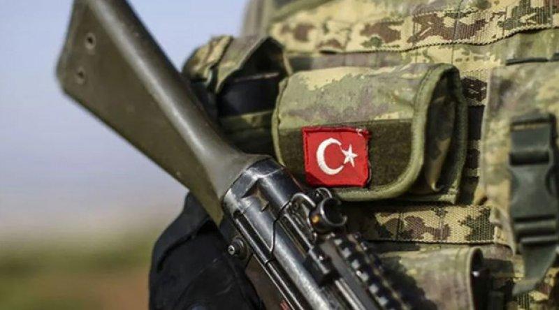 İdlib'de askeri konvoya saldırı!