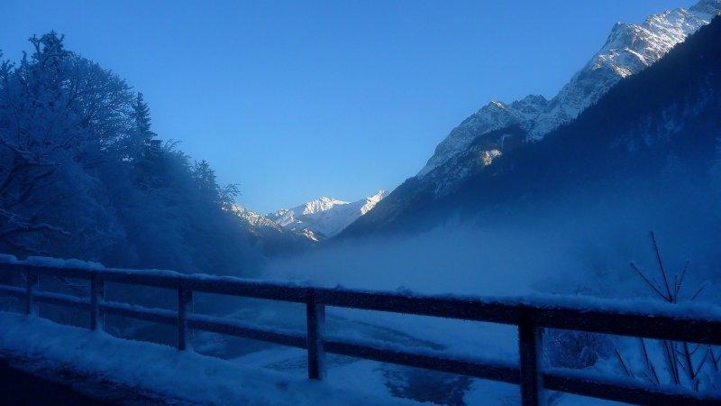Meteoroloji bölge bölge uyardı: Sağanak yağmur, yoğun kar, sis...