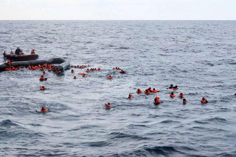 Libya açıklarında 57 göçmen boğuldu