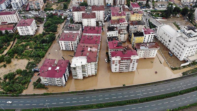 Düzce, Rize ve Artvin'de bazı bölgeler 'afet bölgesi' ilân edildi