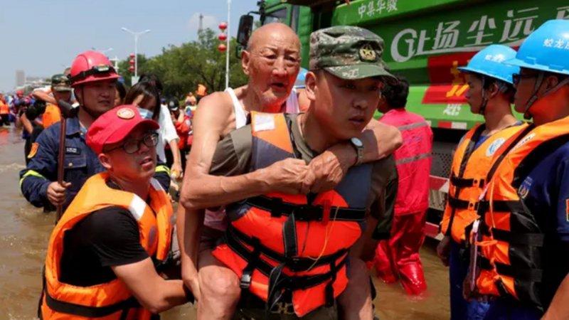 Çin'deki sel felaketinde toplamda 302 kişinin hayatını kaybettiği açıklandı