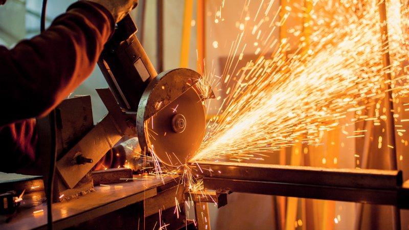 Sanayi üretimi Mart ayında yüzde 16,6 artarak beklentileri aştı