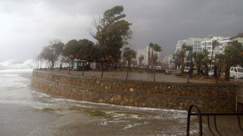 Meteoroloji'den 25 saatlik fırtına uyarısı