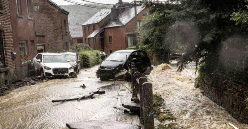 Aşırı yağışlar Belçika'da 6 can aldı