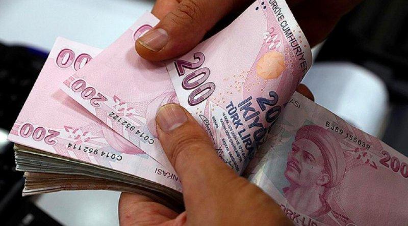 Memur ve emekliler temmuz ayında maaşlarına yansıyacak zammı bekliyor