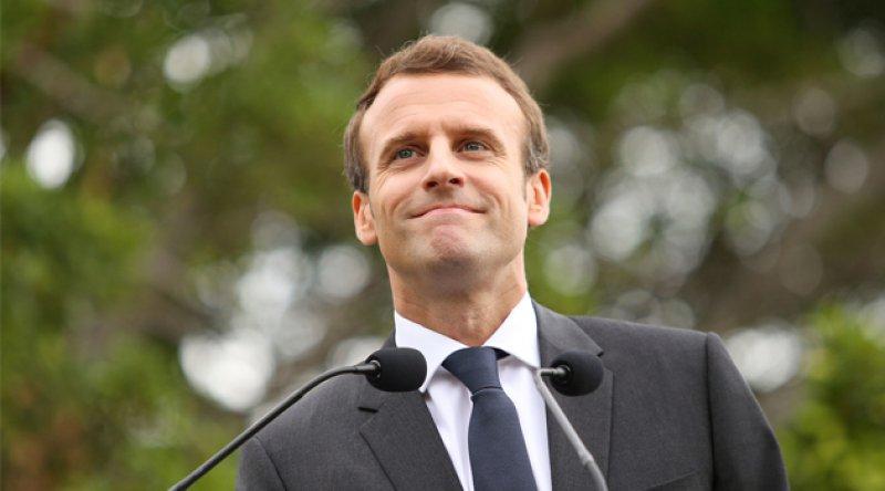 Fransa, Cezayir'deki sömürgeci politikalarından dolayı resmi özür dilemeyeceğini açıkladı
