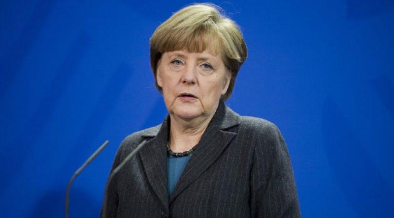 Almanya'da Merkel'in halefi belli oluyor