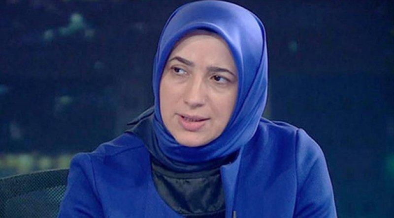 """AKP'li Özlem Zengin:""""Onurlu, ahlaklı kadın açıklamak için bir sene beklemez"""""""
