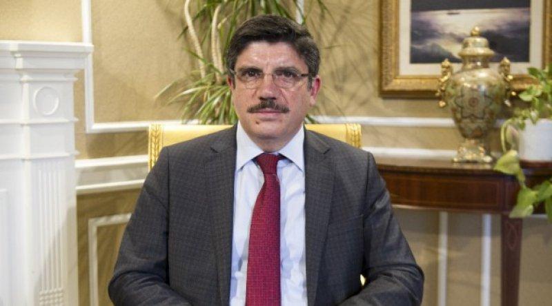 AK Partili Yasin Aktay: Aç olan 'açım' diye bağırmaz